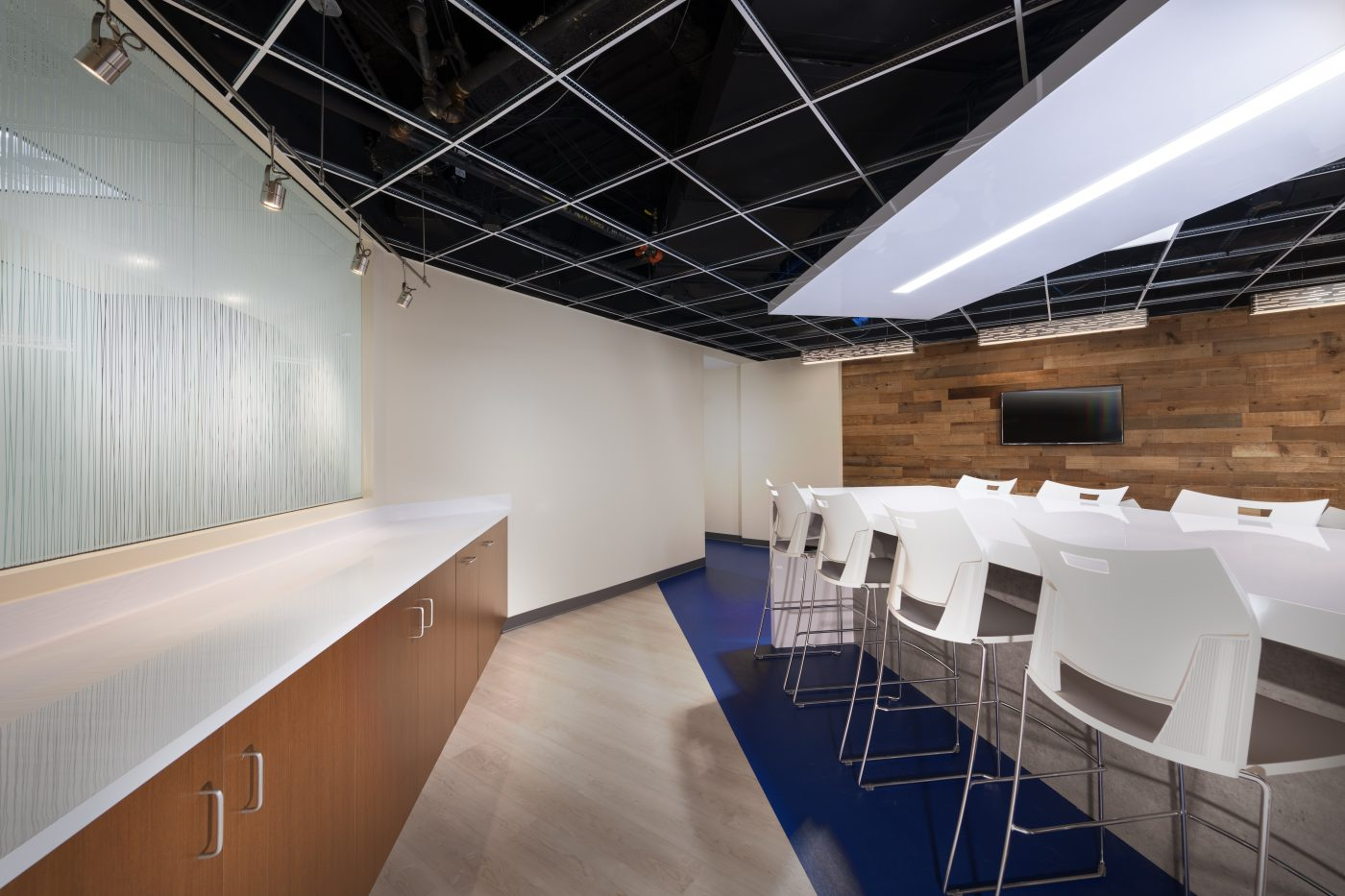 100 Lakeforest Blvd Cafe And Breakout Space Bates Architects Bates Architects